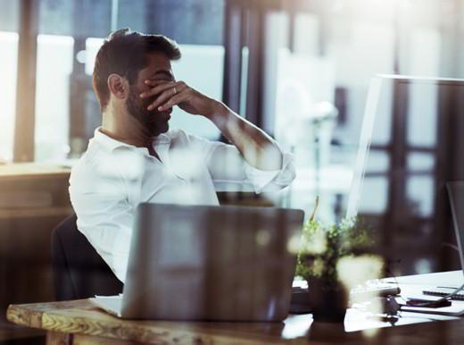 Stress lavorativi e sonno agitato triplicano negli ipertesi il rischio di morte cardiovascolare