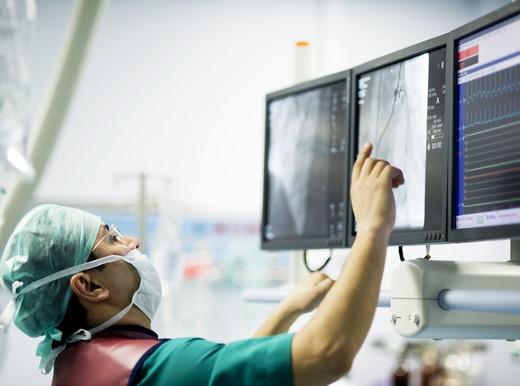 Fino a che età ha senso l'angioplastica in caso di infarto?