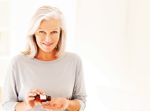 Troppi antibiotici nella mezza età fanno crescere il rischio cuore nella donna